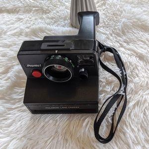 VTG 70s Polaroid Pronto! Land Camera w/Case